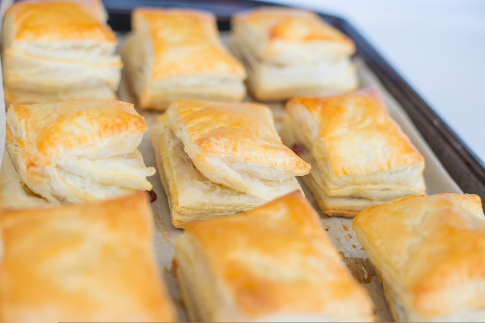 mixed-and-measures-strawberry-toaster-strudel-puff-pastry-9.jpg