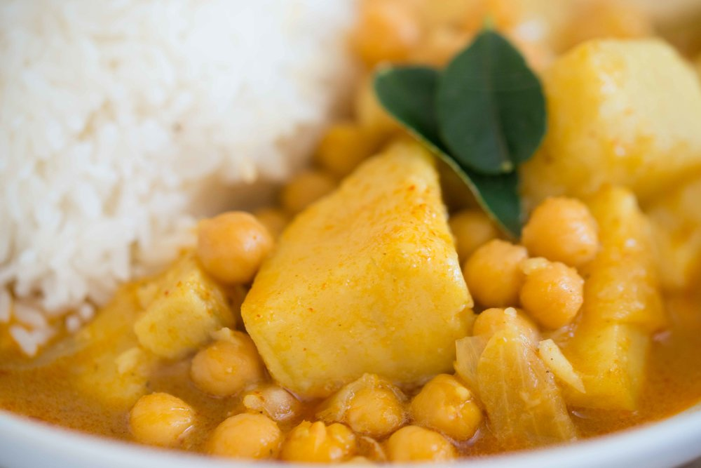 Mixed And Measured Sweet Potato Chickpea Coconut Curry