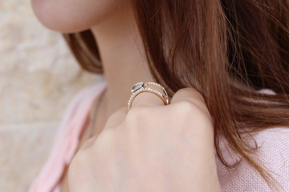 ring-1677563.jpg