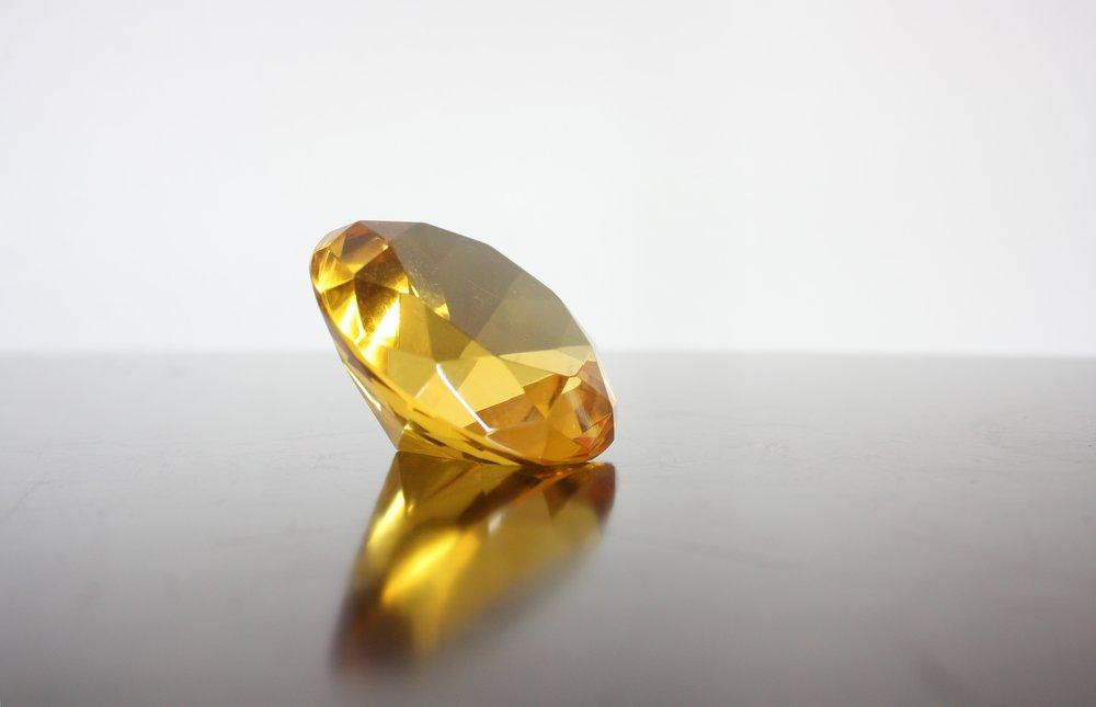 diamond-635332.jpg