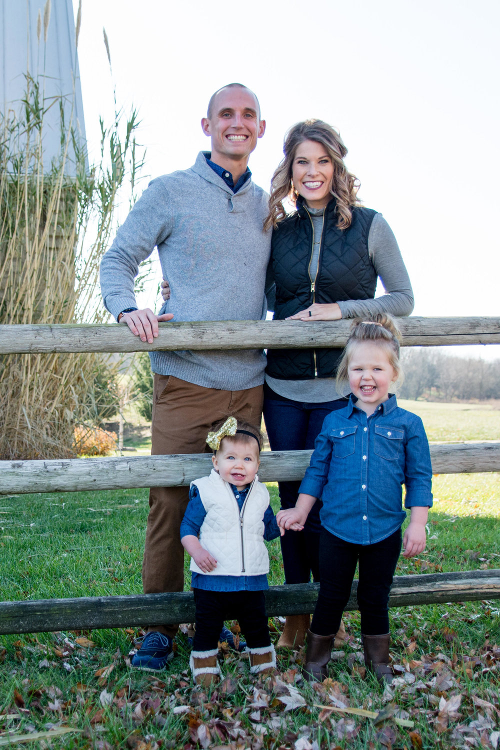 After being raised and baptized in Dallas, TX, Willie moved to Lawrence, Kansas to play football and study Secondary History Education at the University of Kansas. He Now serve as an Evangelist in Lawrence, working with Campus Ministry and Young Professionals along with his beautiful wife, Katie. They have 2 beautiful daughters, Kaylie and Kylie.