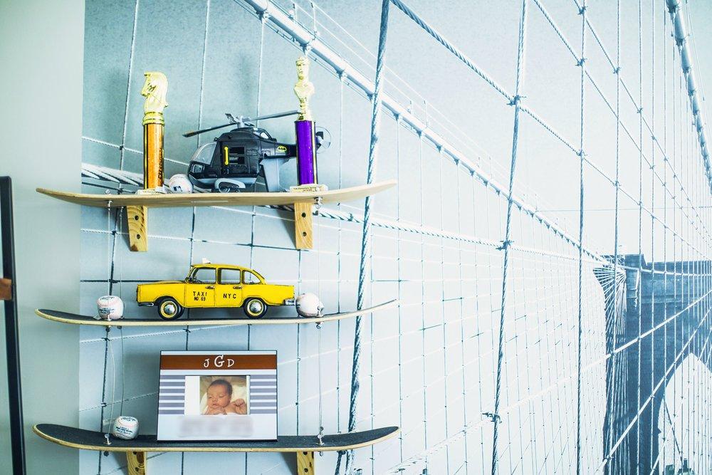 GoingGosnell.Interiors.Blogger.NewYork.Bedroom.SkateboardDecor