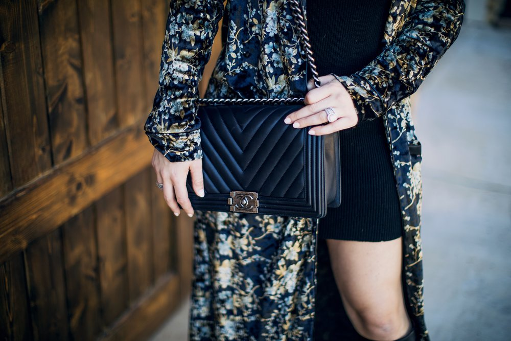 GoingGosnell.ChanelBoyBag.ChanelBlack.FashionBlogger.JPG