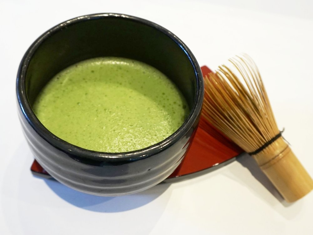Matcha green tea tasting workshop at Gusta Cooking Studio