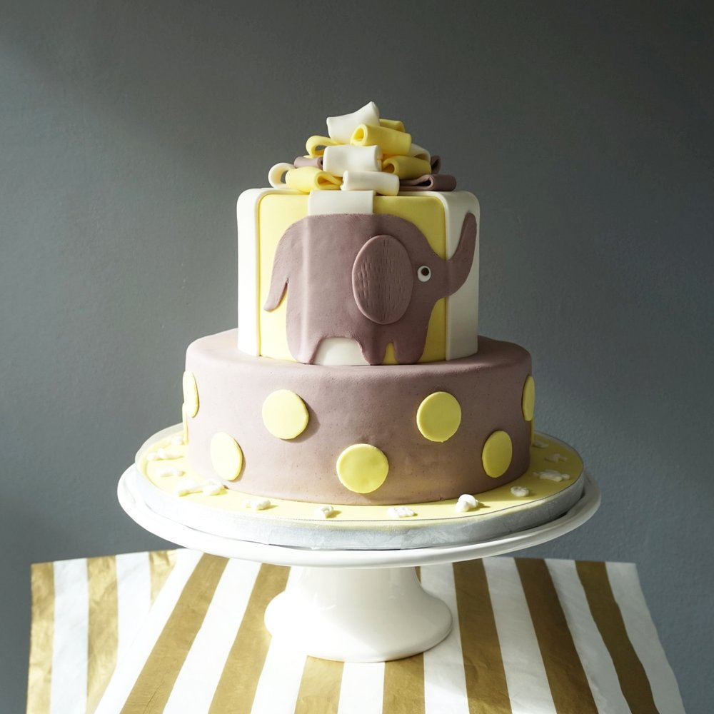Elephant baby shower cake made by Gusta Cooking Studio