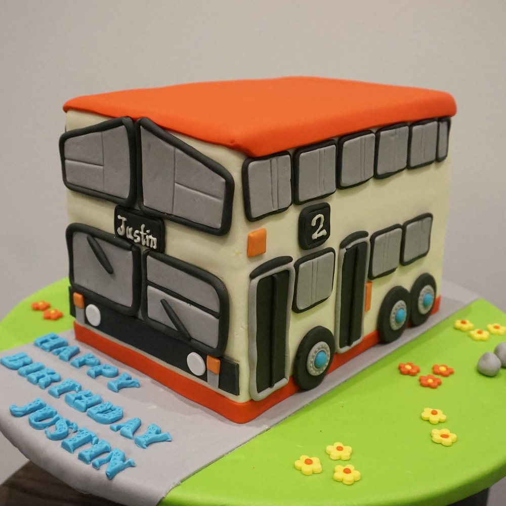 KMB bus custom cake made by Gusta Cooking Studio