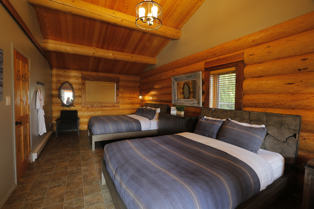 Room interior 4823-1.jpg