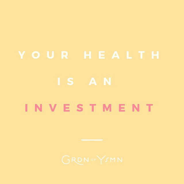 Pay now or pay later. Your health is an investment, not an expense. 🗣  Health is what every human needs to sustain life. Take small steps to really make a change, take that little leap of faith to eat just a little bit better and be cautious about what you're putting in your body. Actually put some thought into the reality that every action has a reaction, every food choice (and chemical) reacts to your body (negative or positive).   Take the stairs instead of the elevator, choose fruit over candy, lentils over meat, quinoa over white rice, drink water or fresh / organic fruit juice over soda, pass up a Netflix binge and hit the gym! This all adds up and contributes to a healthy and quality lifestyle.   Health is fun, health is sustainability, health is going to your child's graduation, it's take that trip you've always wanted to go on and having little to no physical limits while pursuing whatever you want to do, while out doing it! Health is having less medical bills and more money for things that support your family (and their needs), your own passions, aspirations, and hobbies!  It's never too late to invest in yourself! You deserve it! 🌿     #healthiswealth #plantbased #healthtips #motivation #mentalhealth #veganhealth #healthyvegan #veganofcolors #plantbaseddiet