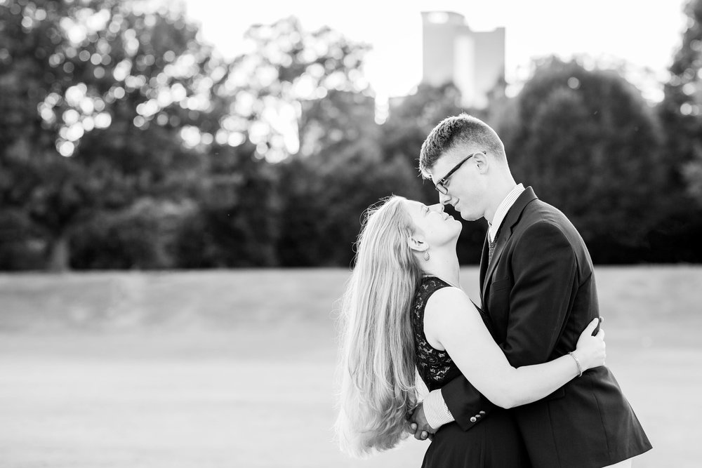 MaryElizabeth_Will_Engagement-140.JPG