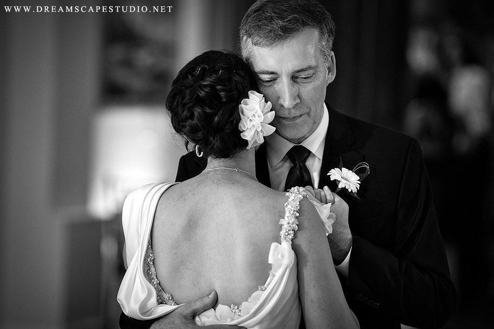 CT_Wedding_Photographer_MiDe_Blog_45.jpg