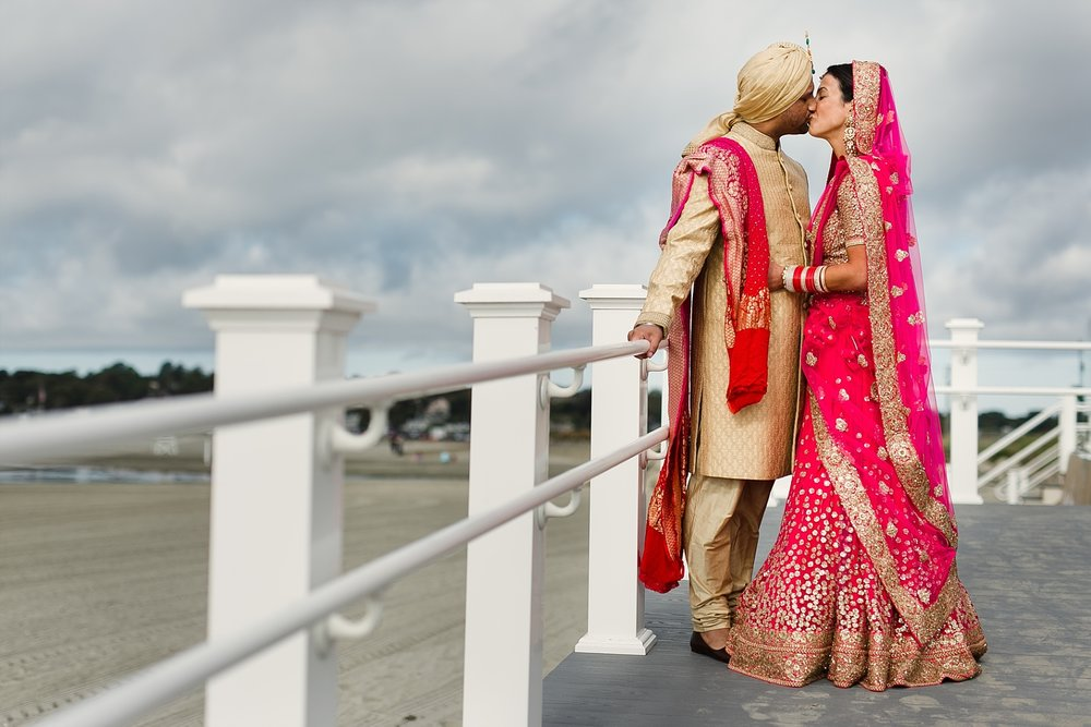 Newport_Wedding_Photographer_RaAj_Gallery_12.jpg
