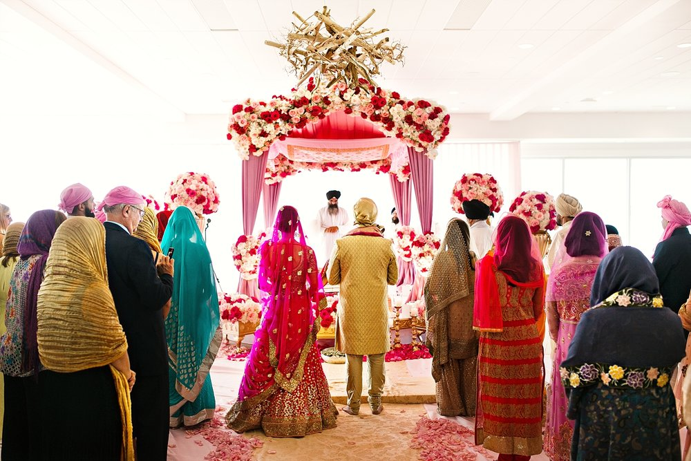 Newport_Wedding_Photographer_RaAj_Gallery_30.jpg