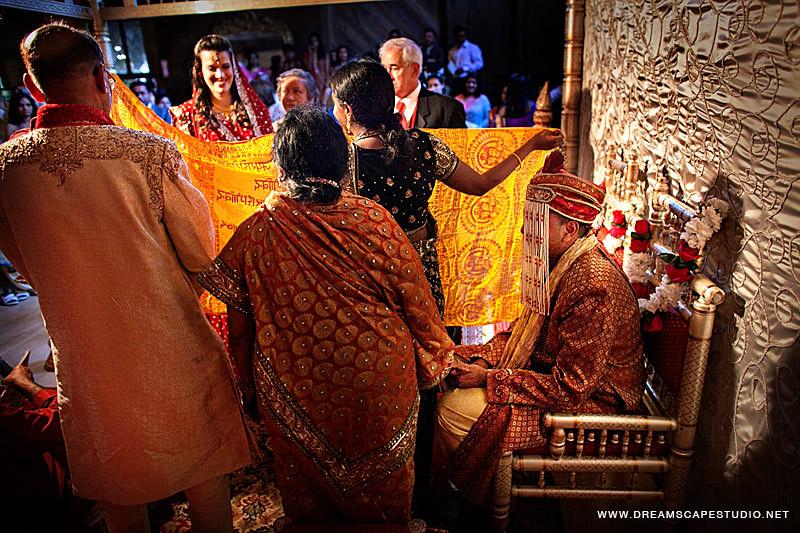 CT_Wedding_Photography_Laura_Arvind_2012_11.jpg