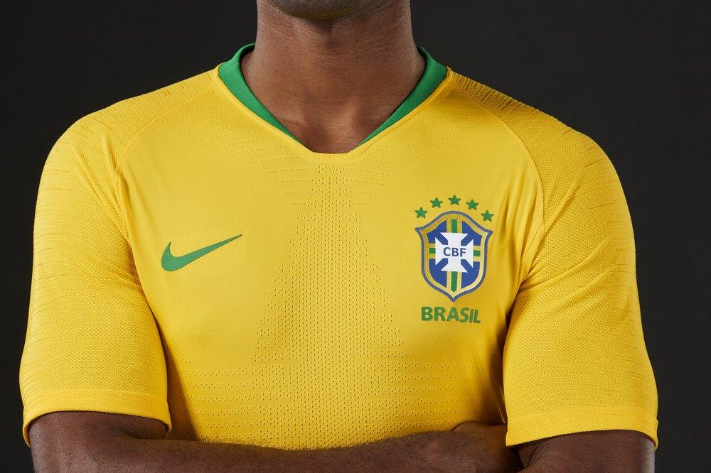 Camiseta é inspirada na mesma cor da Copa de 70, e é o amarelo mais brilhante dos últimos 20 anos.