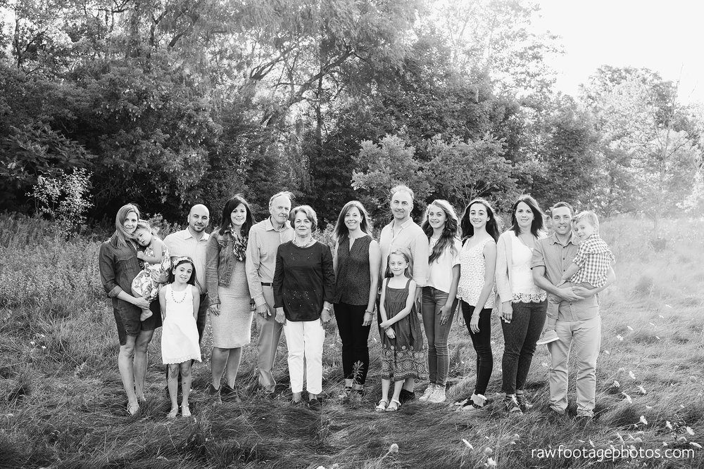 London_ontario_family_photographer_extended_family_photos001.jpg