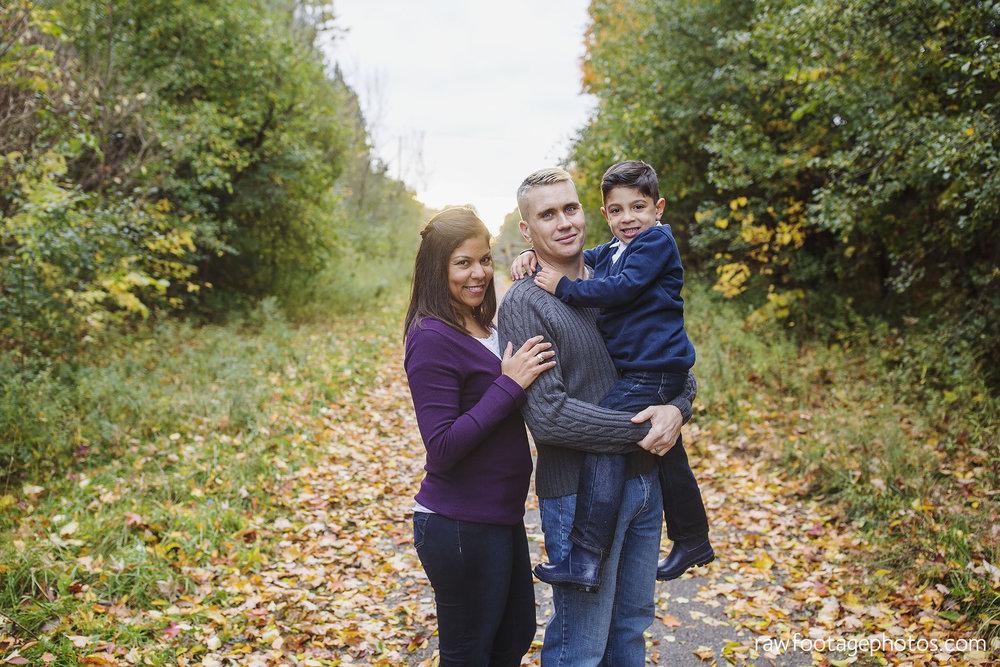 london_ontario_family_photos-fall_family_photography-raw_footage_photography025.jpg