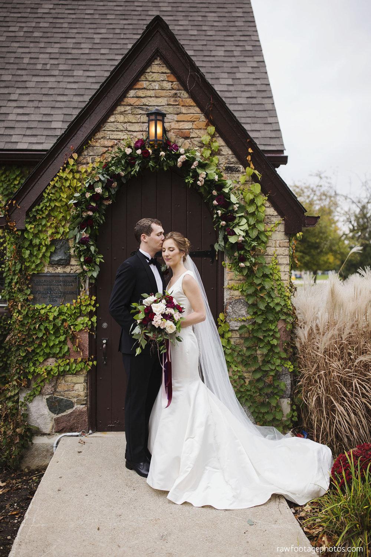 london_ontario_wedding_photos-fall_wedding_photography-raw_footage_photography-elm_hurst_inn_wedding022.jpg