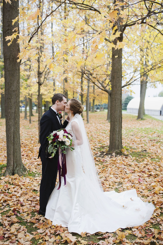 london_ontario_wedding_photos-fall_wedding_photography-raw_footage_photography-elm_hurst_inn_wedding026.jpg