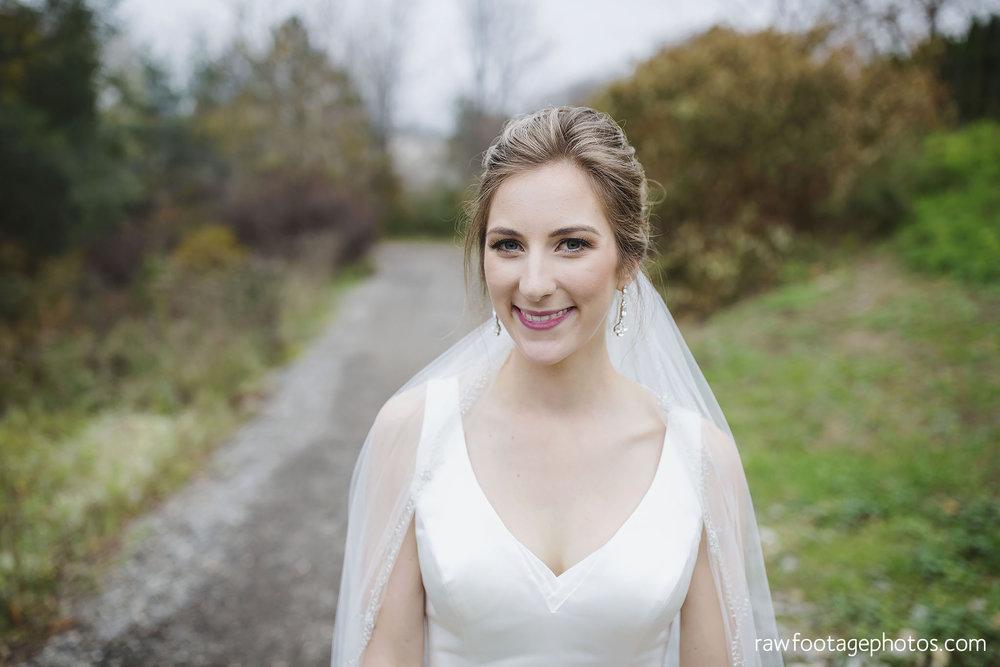 london_ontario_wedding_photos-fall_wedding_photography-raw_footage_photography-elm_hurst_inn_wedding029.jpg