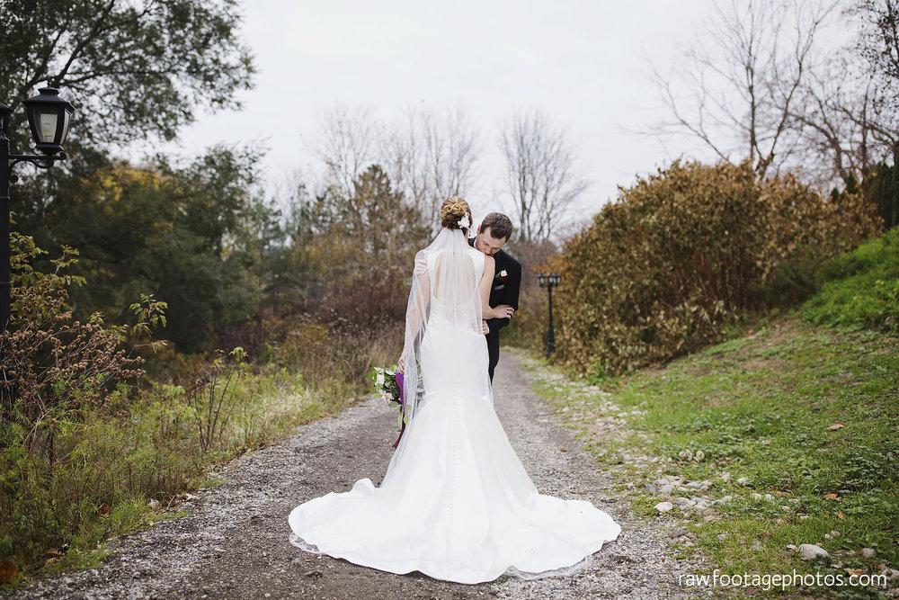 london_ontario_wedding_photos-fall_wedding_photography-raw_footage_photography-elm_hurst_inn_wedding030.jpg