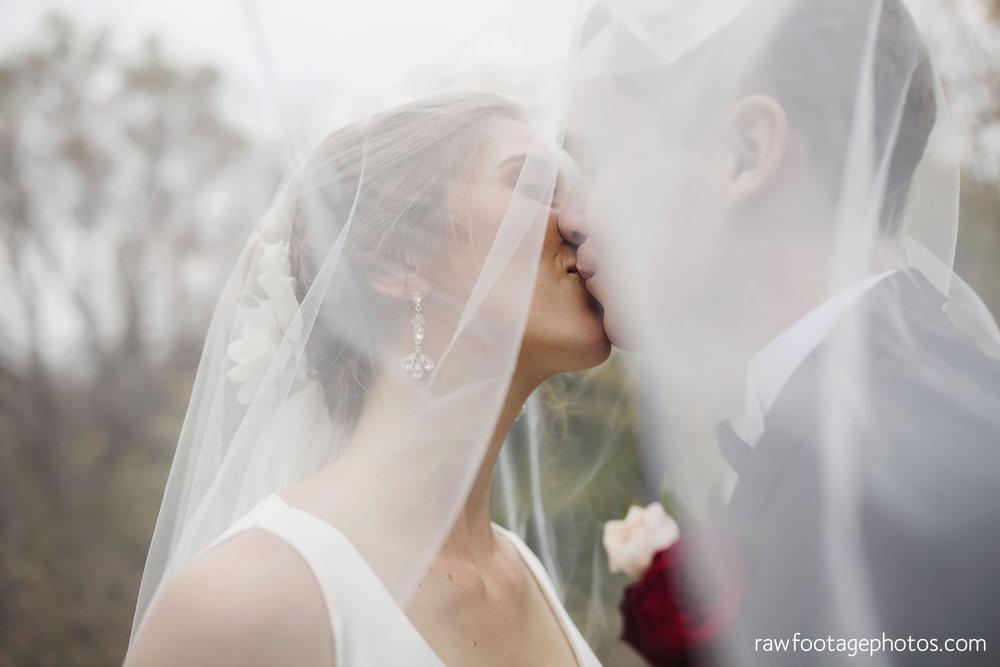 london_ontario_wedding_photos-fall_wedding_photography-raw_footage_photography-elm_hurst_inn_wedding034.jpg