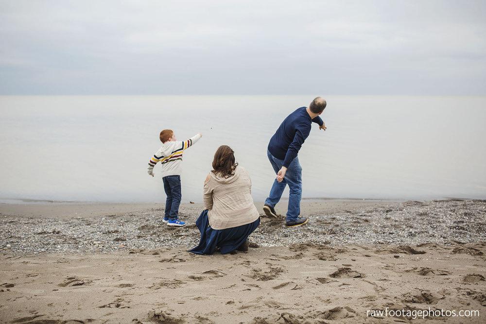 london_ontario_family_photographer-port_stanley_photography-raw_footage_photography-family_photos-beach_photos-fall_family_photos-lifestyle_family_photography-candid_photographer023.jpg