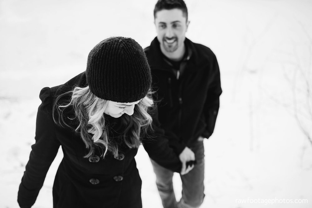 london_ontario_wedding_photographer-engagement_session-winter_engagement_photos-raw_footage_photography013.jpg