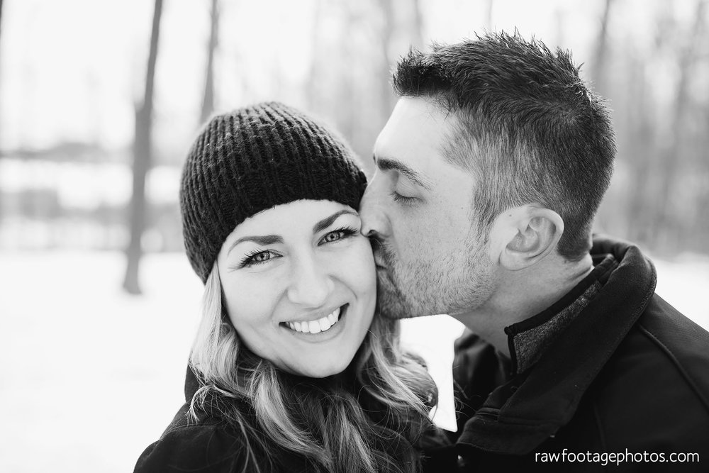 london_ontario_wedding_photographer-engagement_session-winter_engagement_photos-raw_footage_photography015.jpg