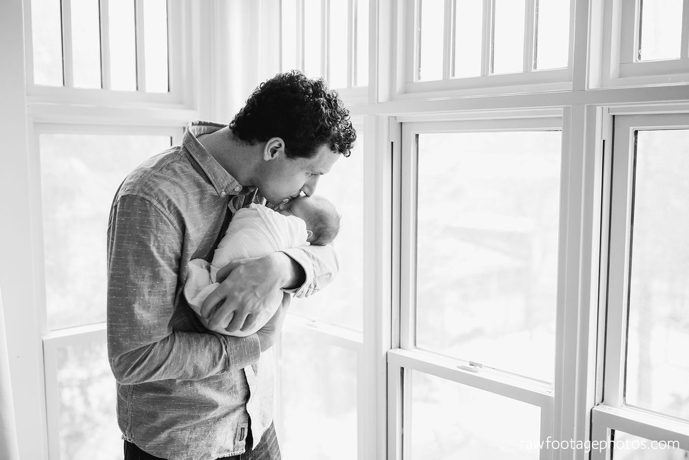 london_ontario_newborn_photographer-lifestyle_newborn_photography-in_home_newborn_session-raw_footage_photography022.jpg