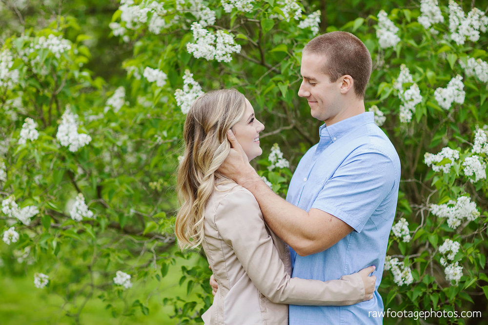 london_ontario_wedding_photographer-raw_footage_photography-engagement_session-engagement_photos-spring-blossoms-blooms010.jpg