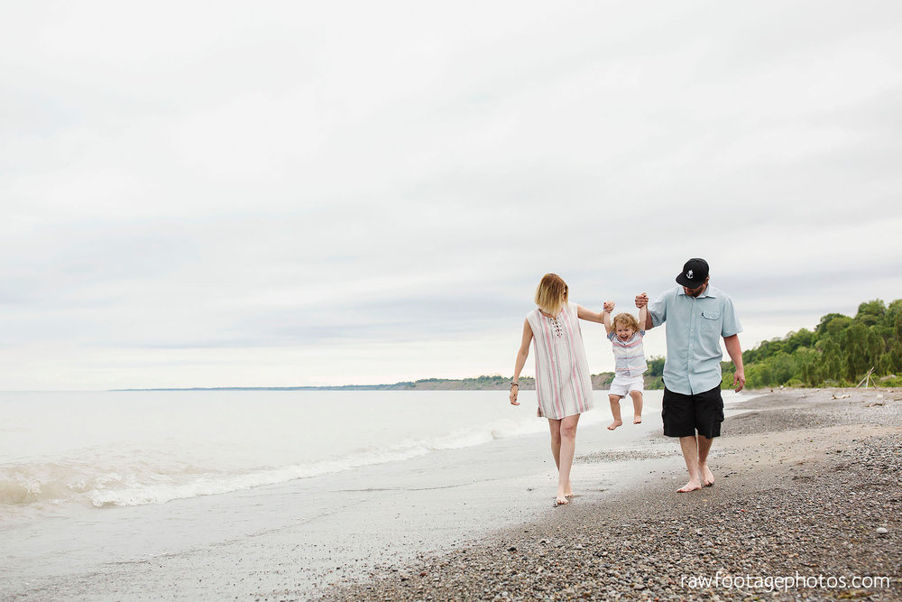 london_ontario_photographer-raw_footage_photography-beach_minis-port_stanley_beach-family_photographer-couple_photographer-lifestyle_photographer012.jpg