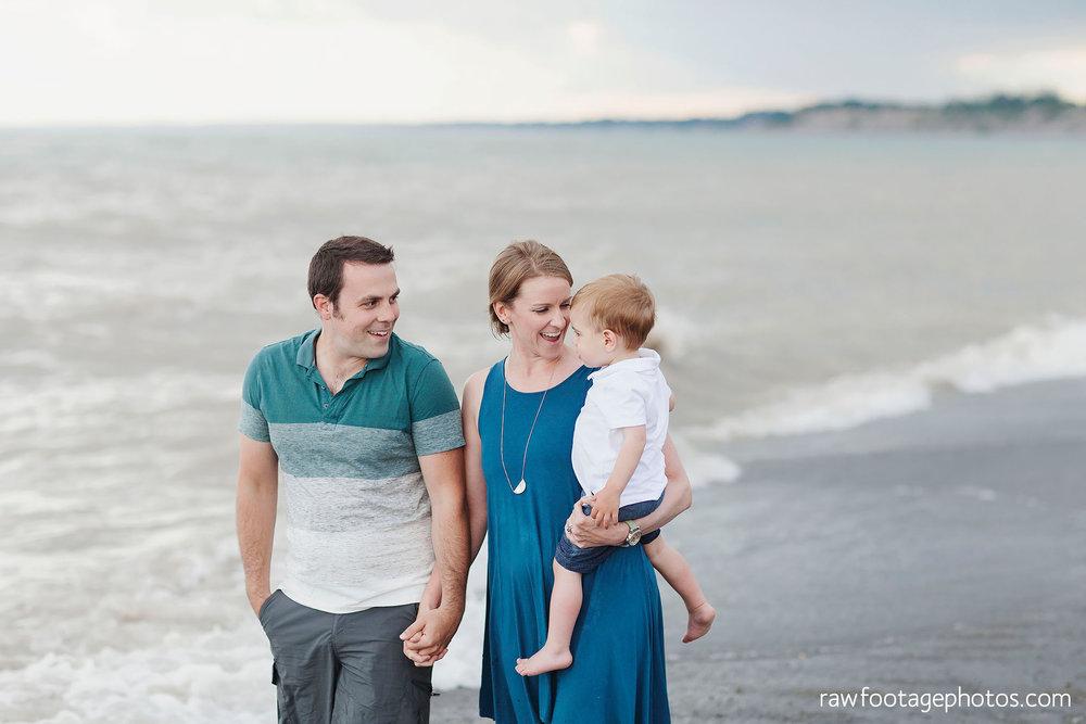 london_ontario_photographer-raw_footage_photography-beach_minis-port_stanley_beach-family_photographer-couple_photographer-lifestyle_photographer034.jpg