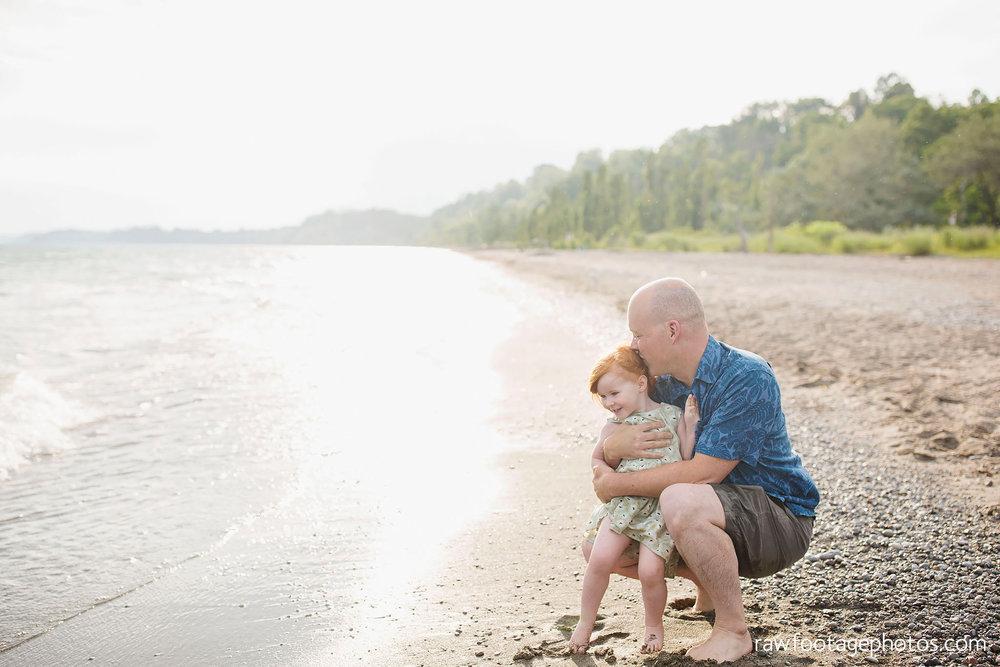 london_ontario_photographer-raw_footage_photography-beach_minis-port_stanley_beach-family_photographer-couple_photographer-lifestyle_photographer079.jpg