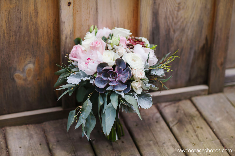 london_ontario_wedding_photographer-century_wedding_barn-raw_footage_photography-diy_wedding014.jpg