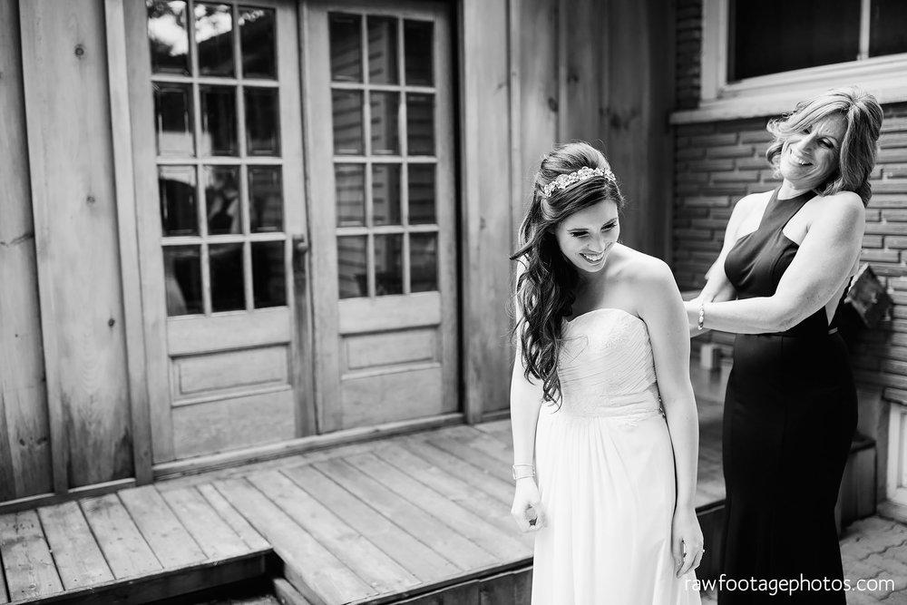 london_ontario_wedding_photographer-century_wedding_barn-raw_footage_photography-diy_wedding020.jpg