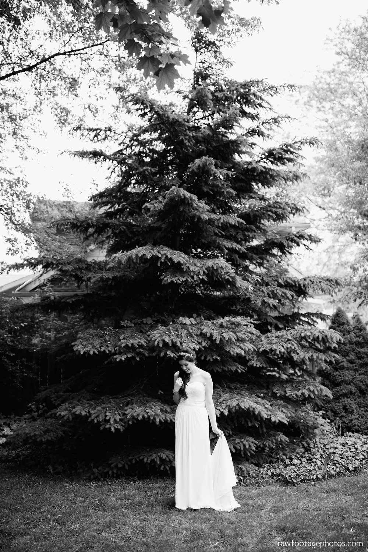 london_ontario_wedding_photographer-century_wedding_barn-raw_footage_photography-diy_wedding022.jpg
