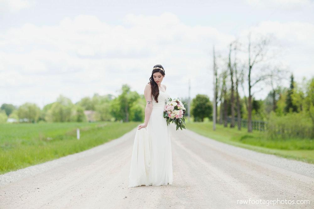 london_ontario_wedding_photographer-century_wedding_barn-raw_footage_photography-diy_wedding031.jpg