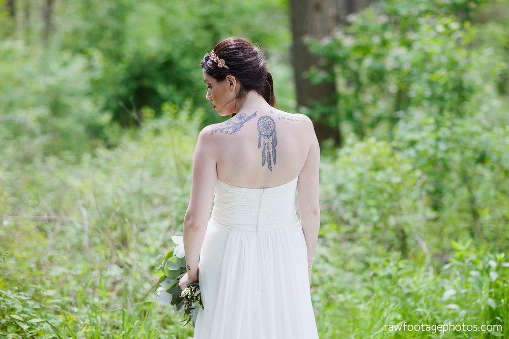 london_ontario_wedding_photographer-century_wedding_barn-raw_footage_photography-diy_wedding044.jpg