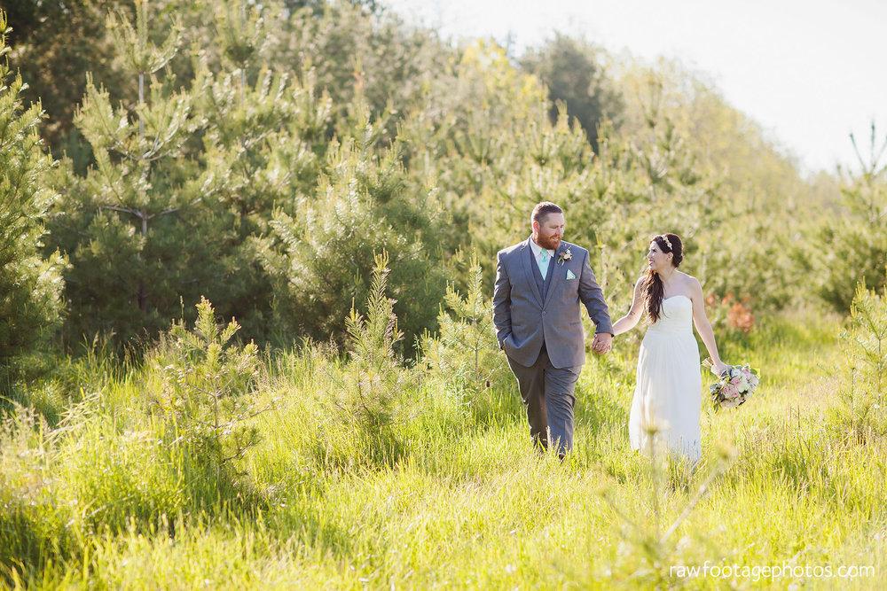 london_ontario_wedding_photographer-century_wedding_barn-raw_footage_photography-diy_wedding083.jpg
