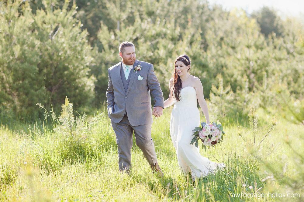 london_ontario_wedding_photographer-century_wedding_barn-raw_footage_photography-diy_wedding084.jpg