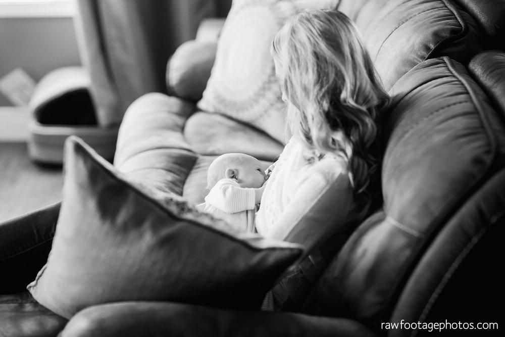 london-ontario-newborn-lifestyle-photographer012.jpg