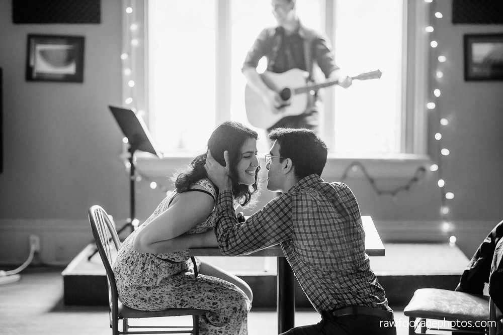 london_ontario_photographer-proposal_photographer-surprise_proposal-london_music_club-raw_footage_photography-wedding_photographer002.jpg