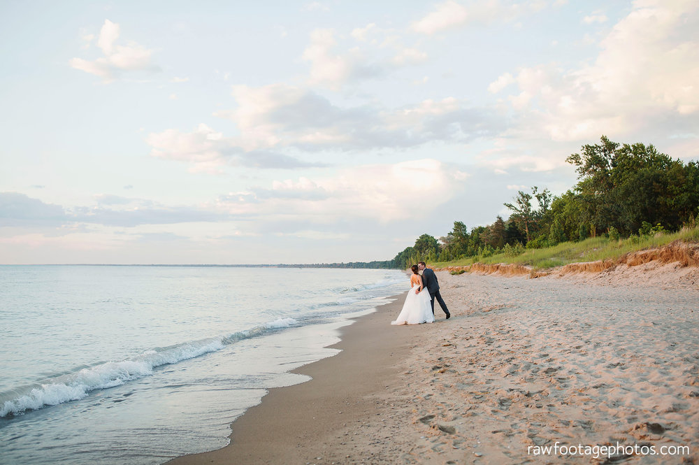london_ontario_wedding_photographer-grand_bend_wedding_photographer-oakwood_resort_wedding-beach_wedding-sunset_wedding-raw_footage_photography067.jpg