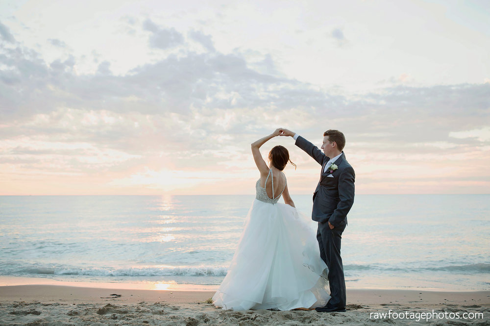 london_ontario_wedding_photographer-grand_bend_wedding_photographer-oakwood_resort_wedding-beach_wedding-sunset_wedding-raw_footage_photography070.jpg
