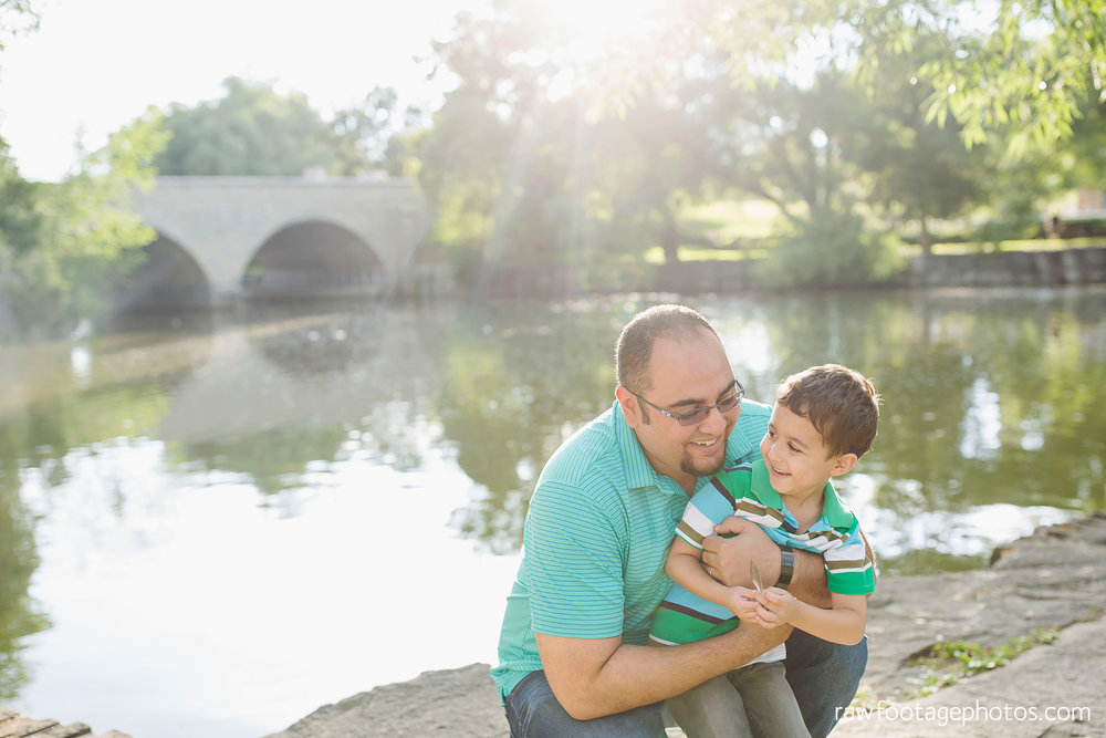 london_ontario_family_photographer-stratford_ontario_photographer-raw_footage_photography-lifestyle_photography-candid-golden_hour007.jpg