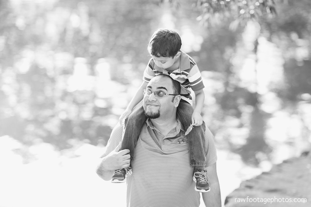 london_ontario_family_photographer-stratford_ontario_photographer-raw_footage_photography-lifestyle_photography-candid-golden_hour009.jpg