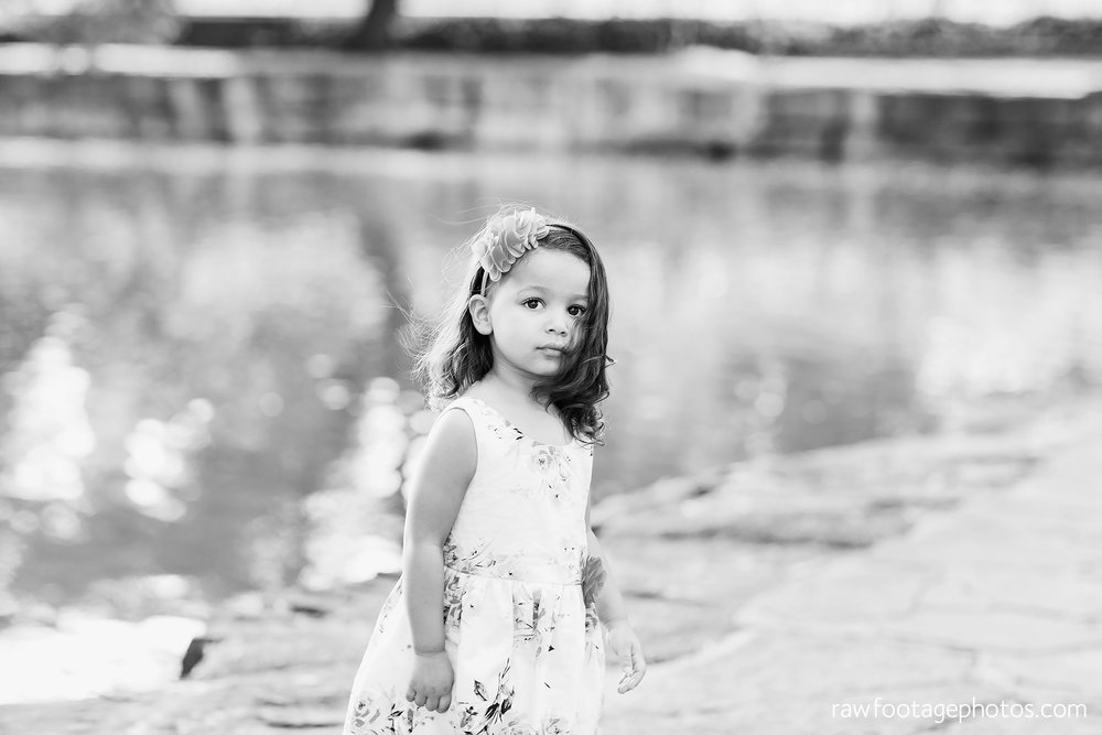 london_ontario_family_photographer-stratford_ontario_photographer-raw_footage_photography-lifestyle_photography-candid-golden_hour017.jpg