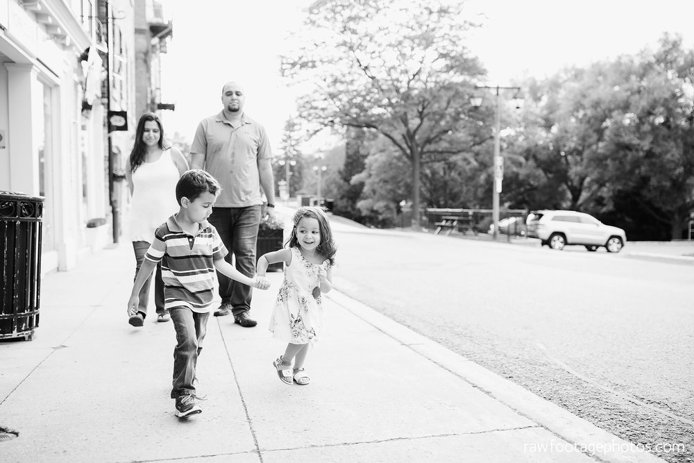 london_ontario_family_photographer-stratford_ontario_photographer-raw_footage_photography-lifestyle_photography-candid-golden_hour027.jpg