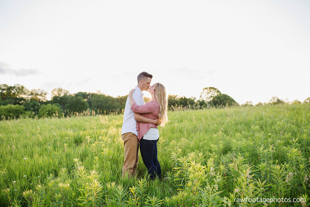 london_ontario_wedding_photographer-raw_footage_photography-mentoring-workshop-golden_hour-engagement_session025.jpg