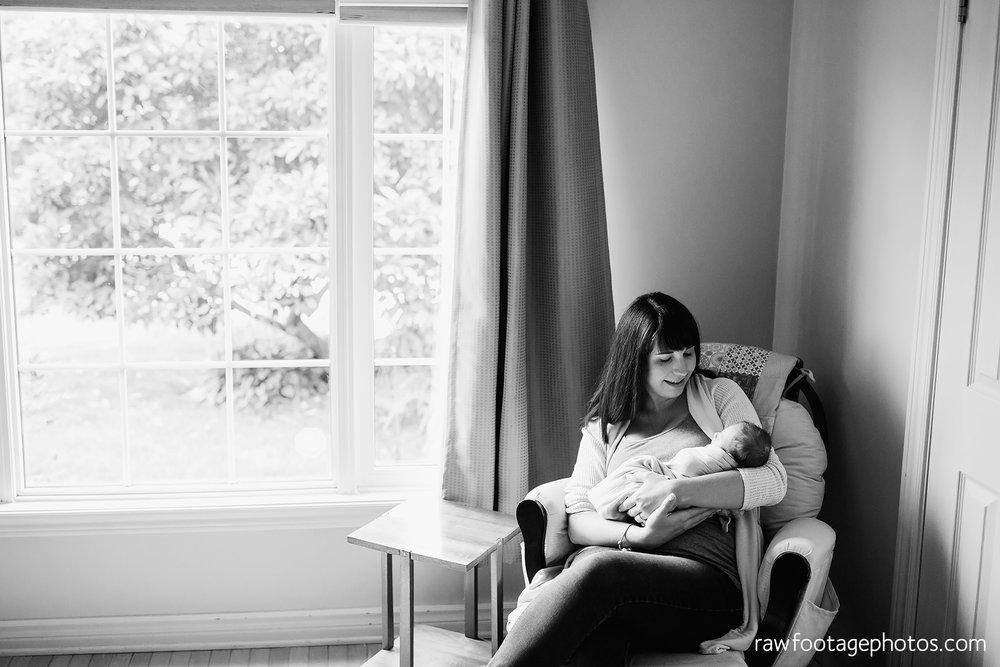 london_ontario_newborn_photographer-newborn_lifestyle_photography-baby_boy-raw_footage_photography013.jpg